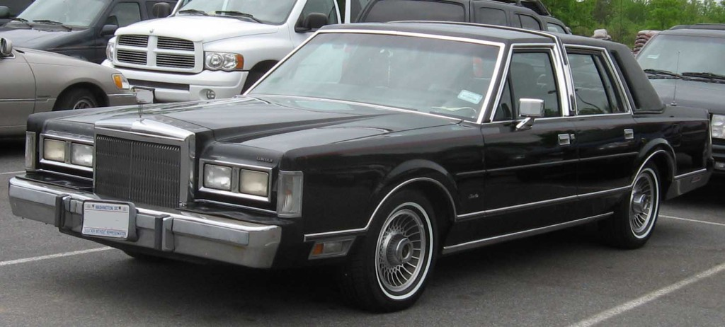 1st-Lincoln-Town-Car