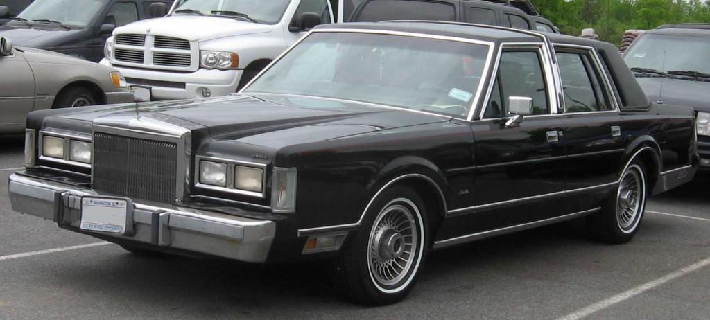 1st-Lincoln-Town-Car